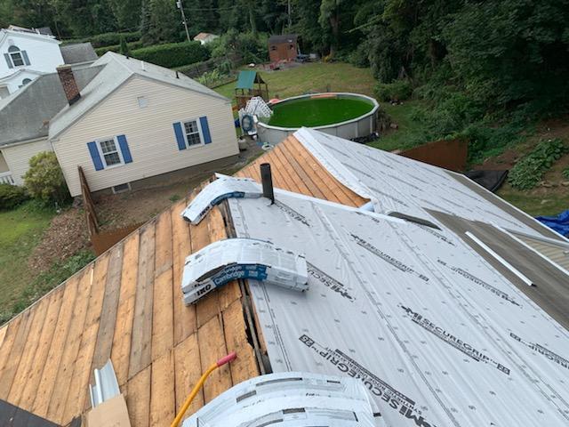 Hiring a roofer in Worcester